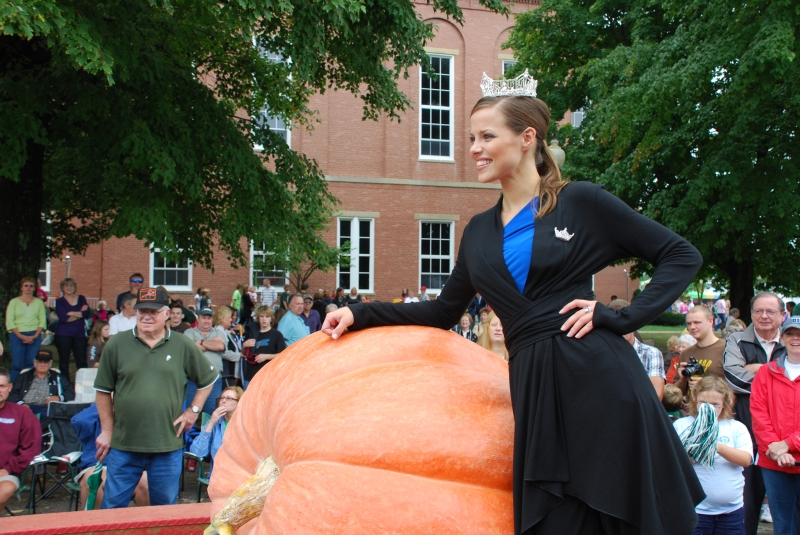 Miss America Katie Stam with Pumpkin